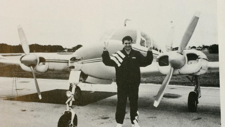 Lorenzo desertó de la fuerza aérea cubana en un caza ruso.