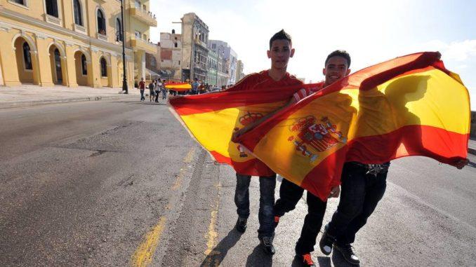 Los cubanos naturalizados españoles que soliciten asilo político en Estados  Unidos serán deportados a España – TravelCubadeeper